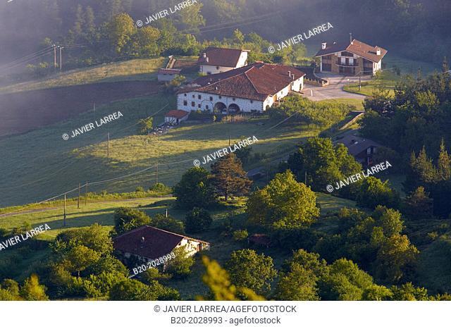 Basque Farmhouse. Aizkorri Aratz Natural Park. Aloña mount. Arantzazu. Oñati. Gipuzkoa. Basque Country. Spain