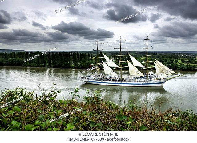 /France, Seine-Maritime, Rouen, the Armada 2013 (concentration of sailboats), the russian three mast, Mir