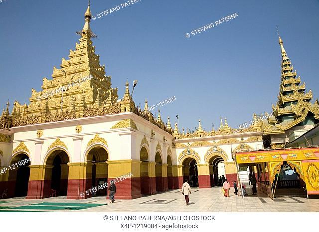 Mahamuni Pagoda, Mandalay. Myanmar
