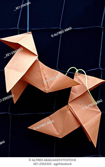 Little paper birds