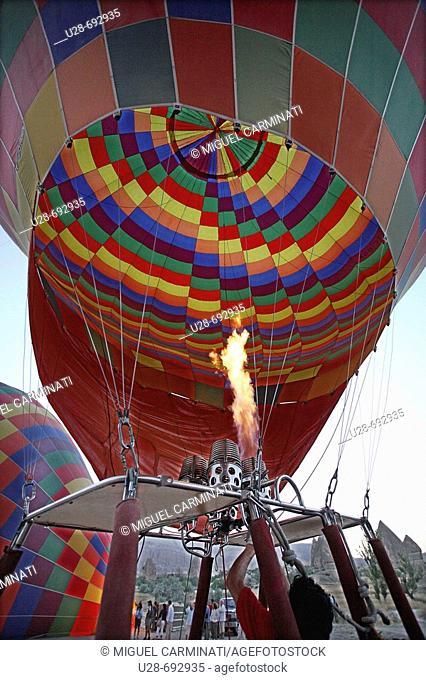 Hot-air balloon at Göreme valley. Cappadocia, Turkey