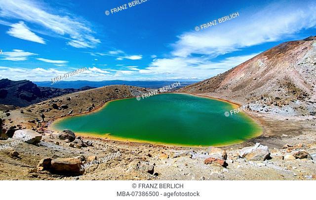 New Zealand, Tongariro Alpine Crossing, Green Lake