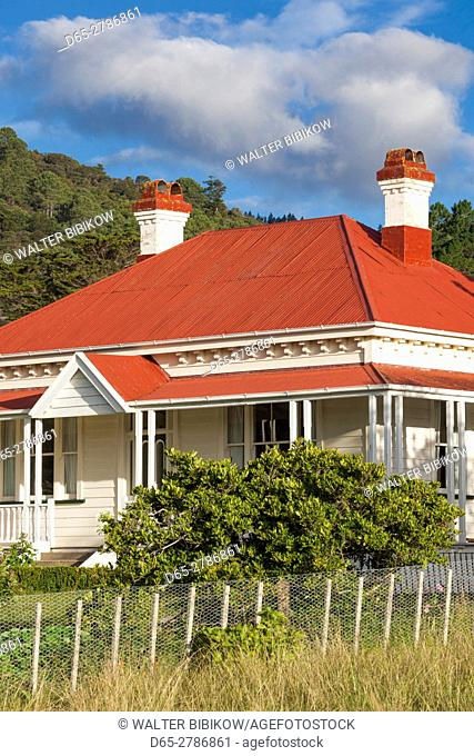 New Zealand, North Island, Coromandel Peninsula, Coromandel Town, country house