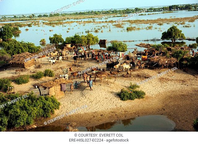 Communities in flood ravaged areas of the Sindh province Pakistan Sept 5 2010. BSLOC-2011-12-382