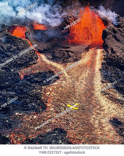 Plane flying over the eruption site at Holuhraun. August 29, 2014 a fissure eruption started in Holuhraun at the northern end of a magma intrusion