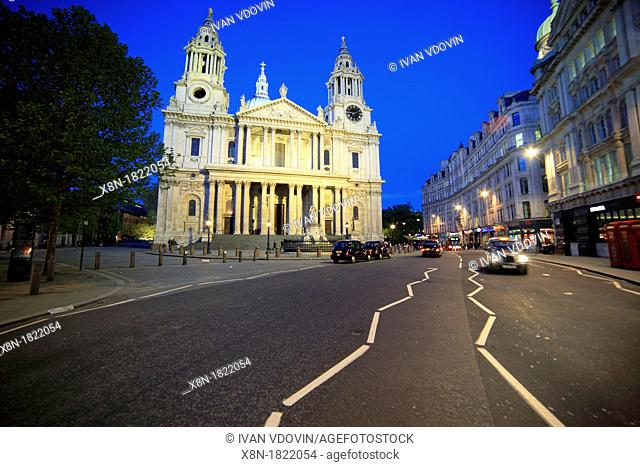 St  Paul's Cathedral in the evening, London, UK