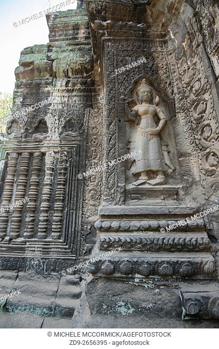 Elaborate carving at Ta Prohm