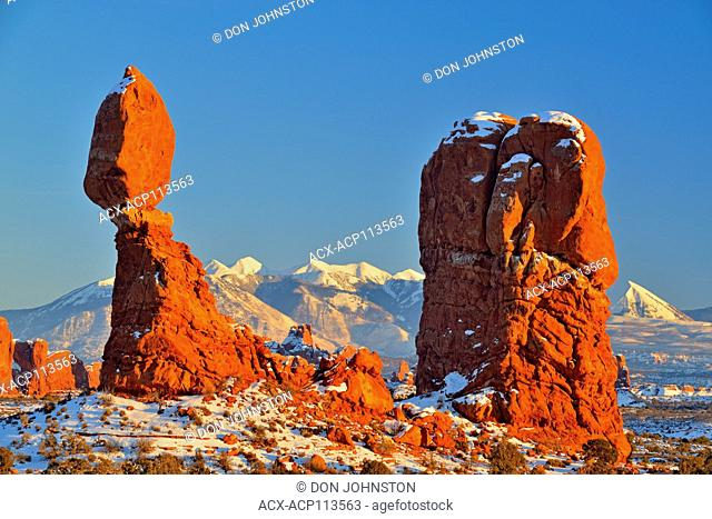 Balanced Rock in winter with the La Sal Mountains, Arches National Park, Utah, USA