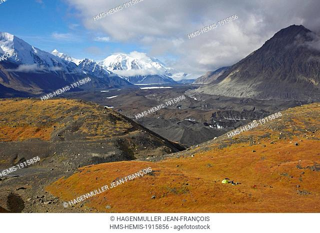 United States, Alaska, Denali National Park, Mount McKinley, hiking and camping in Glacier Creek with Mount McKinley, Denali ( 6168m) in back ground