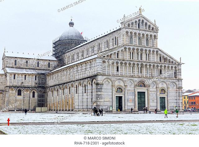 The Cathedral of Pisa on a snowy day, UNESCO World Heritage Site, Pisa, Tuscany, Italy, Europe
