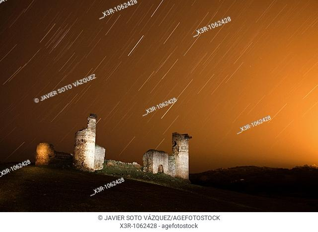 Startrials near of the Castle of Tower, long exposure