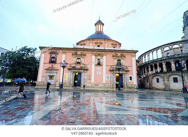 Basilica de la Virgen de los Desamparados, Plaza de la Virgen Valencia, Spain, Europe