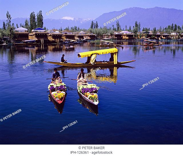 Kashmir, Srinagar, Dal Lake - Flower boats