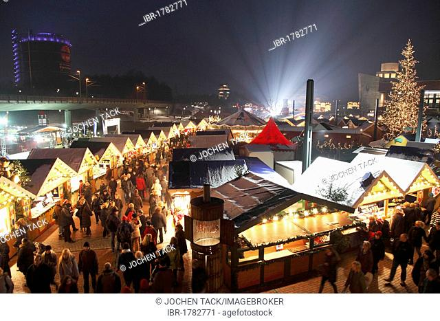 Centro Weihnachtsmarkt.Time Illuminated Shopping Stock Photos And Images Age Fotostock