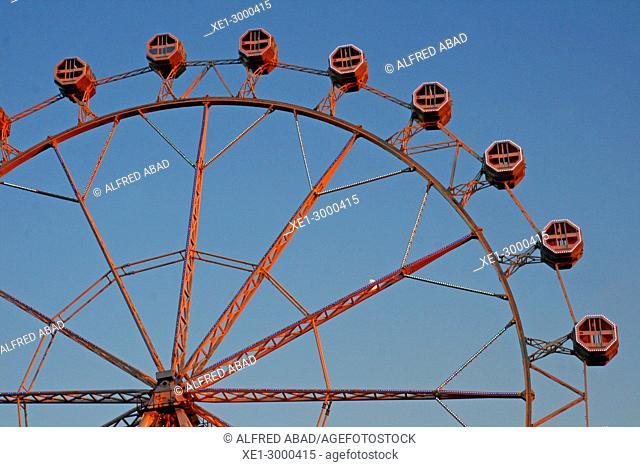 ferris wheel, district of La Barceloneta, Barcelona, Catalonia, Spain