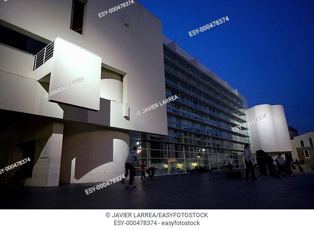 MACBA Museum of Contemporary Art (1995) by Richard Meier in Plaça dels Àngels. Barcelona. Catalonia, Spain