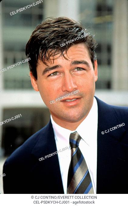 Kyle Chandler at NBC Upfront, NY 5/12/2003, by CJ Contino