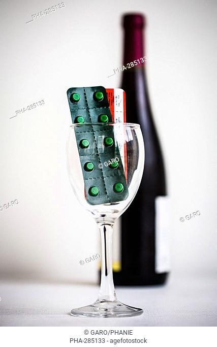 Médicament myorelaxant (molécule Baclofène) commercialisé par le laboratoire Winthrop®, Il pourrait être aussi efficace dans le sevrage de l'alcoolisme