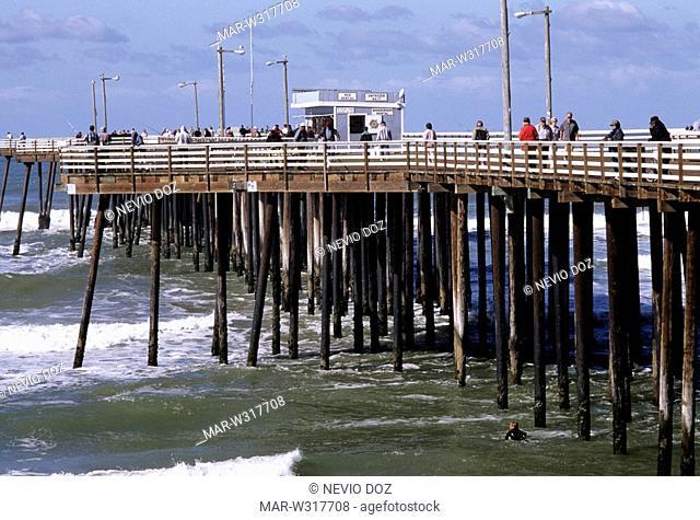 wharf, pismo beach, california, usa