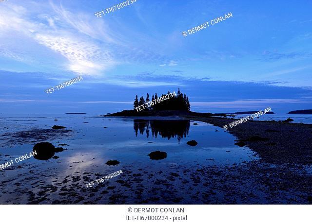 Low tide at Owls Head at dawn