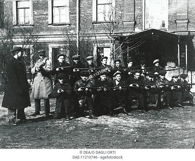 The Civil Guard in Petrograd, 1917. Russian Revolution, Russia, 20th century.  Paris, Musée D'Histoire Contemporaine (History Museum), Hôtel Des Invalides