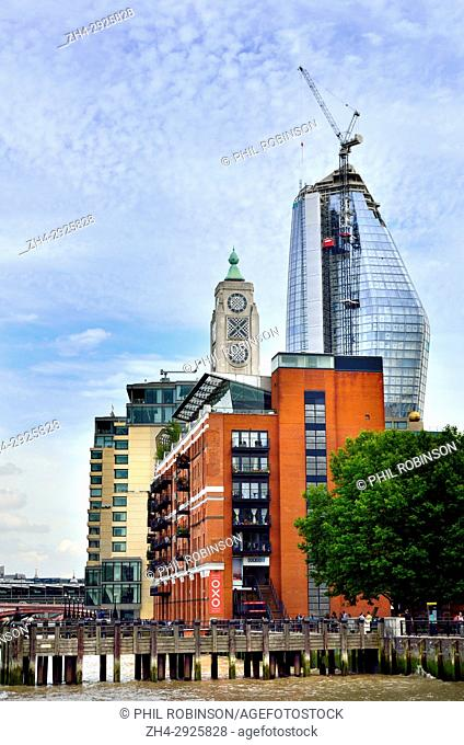 London, England, UK. 'One Blackfriars' apartment block under costruction near the OXO tower, Southwark (August 2017) Due to open 2018 - 50 storeys, 170m high