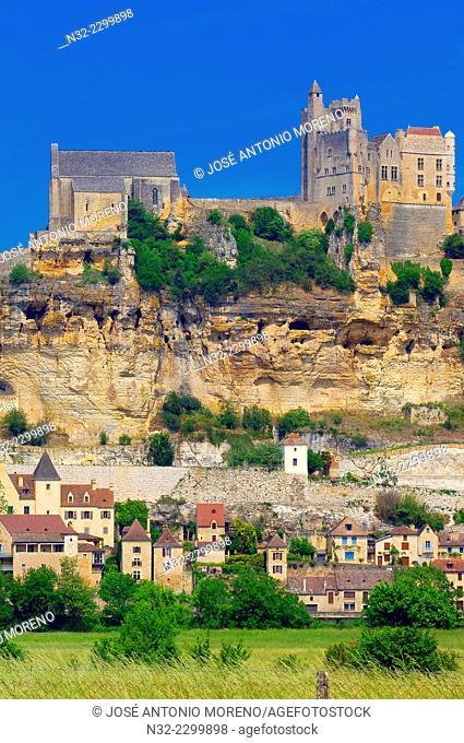 Beynac, Beynac et Cazenac, Perigord, Beynac Castle, Dordogne valley, Perigord Noir, Les plus beaux villages de France, Aquitaine, France