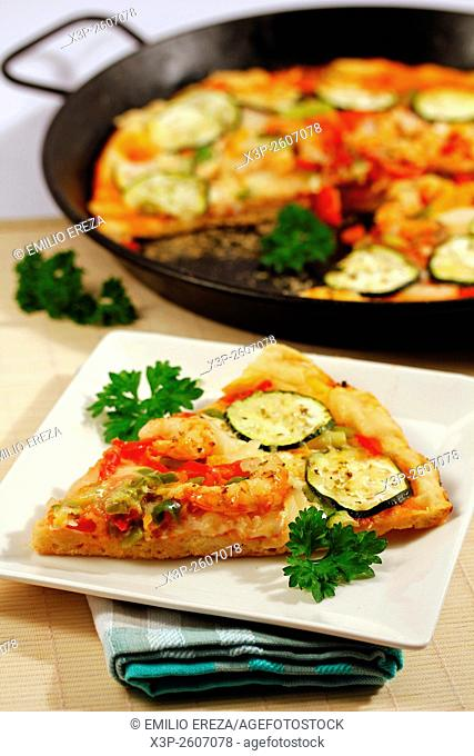 Pizza with vegetables and shrimps
