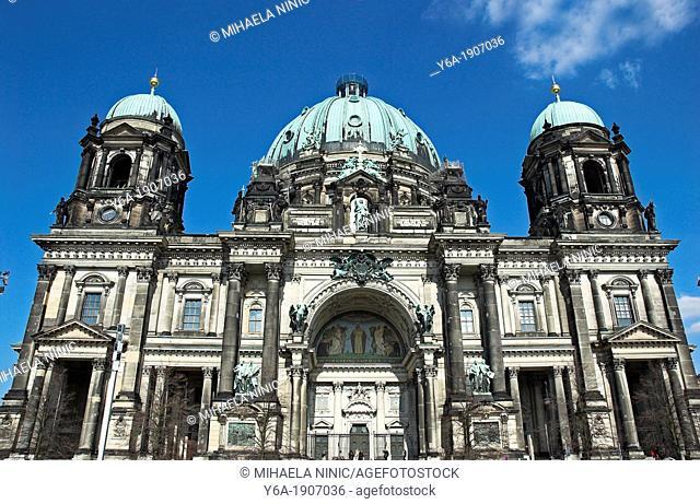 Front view of Berliner Dom, Berlin Germany