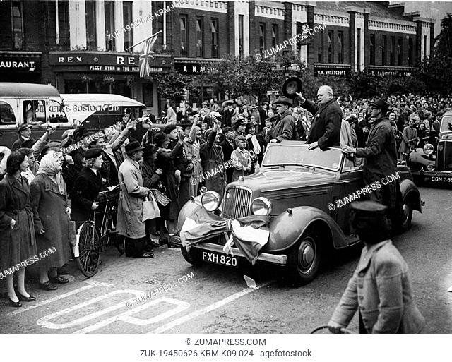 June 26, 1945 - Manchester, England, U.K. - Prime Minister SIR WINSTON CHURCHILL during his election campaign tour. PICTURED: Churchill acknowledges the...