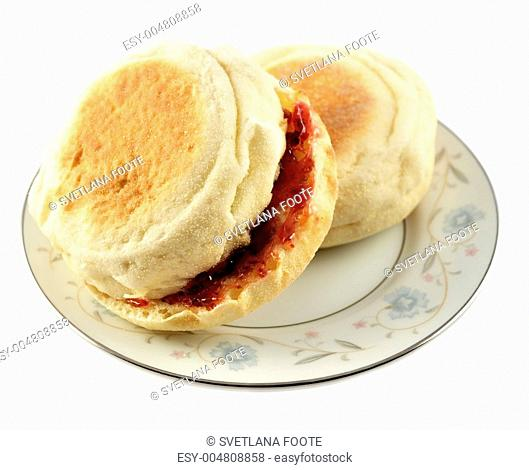 english muffins with jelly