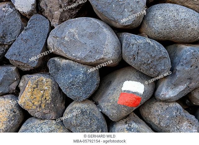 Marking for hikers on a stone wall, La Palma, Canary Islands, Spain, Europe