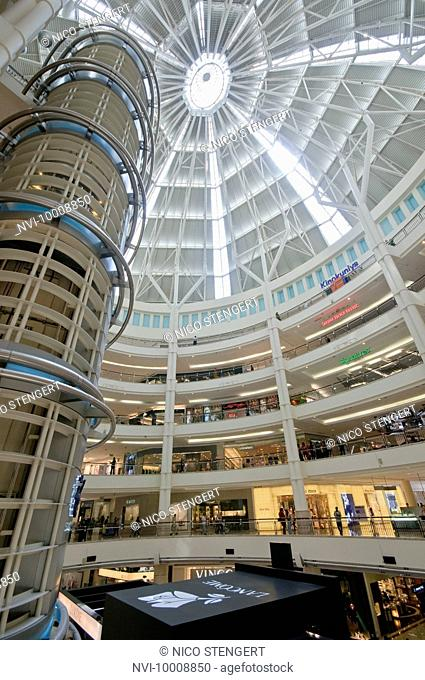 Suria KLCC shopping centre in Petronas Twin Towers, Kuala Lumpur, Malaysia, Southeast Asia, Asia