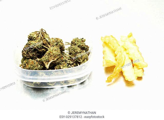 Marijuana and Junk Food, Munchies