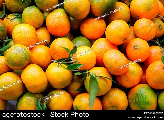 Frische Orangen auf dem Markt