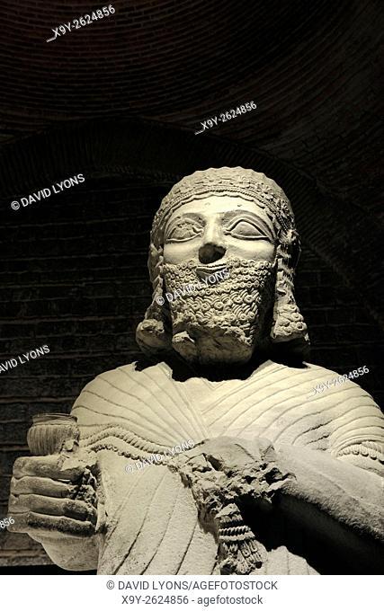 Limestone statue of King Mutallu from Aslantepe 1200-700 BC. Assyrian influence. Museum of Anatolian Civilizations Ankara Turkey