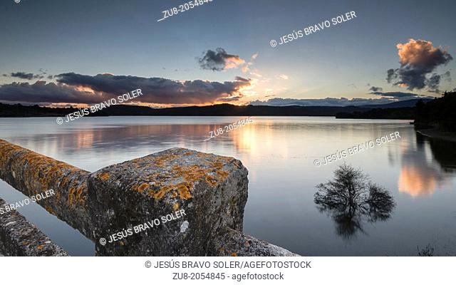 View Urrunaga reservoir at sunset, from a place next to legutiano, Alava (Spain)