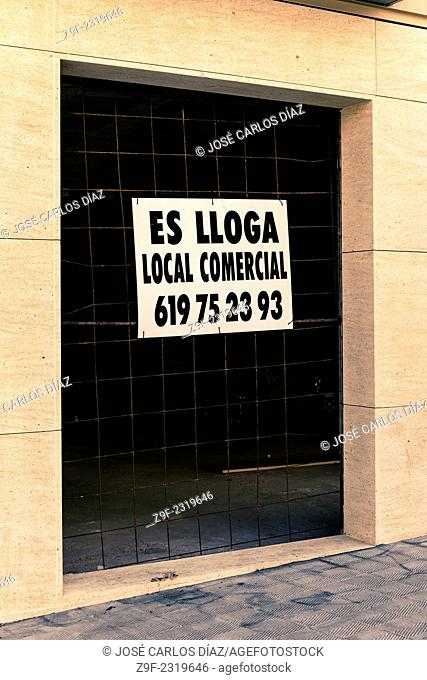 Commercial property for rent sign in Figueres, Costa Brava, Girona, Catalonia, Spain