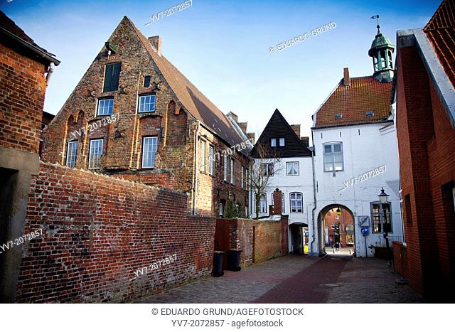 Old town of Husum, near the Market Square. Husum, North Friesian Islands, Schleswig-Holstein, Germany, Europe