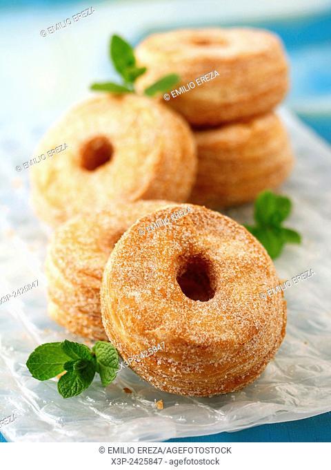 Basic cronuts