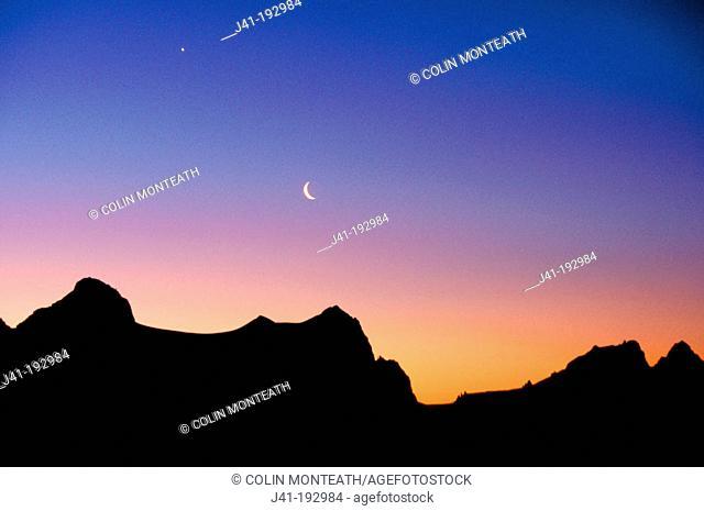 Sunset over Fritz Range. Westland National Park. New Zealand
