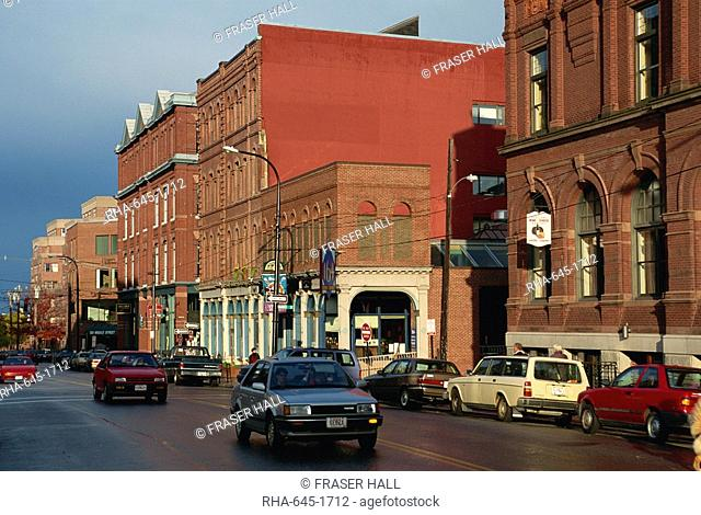 Street scene with cars, in Portland, Maine, New England, United States of America, North America