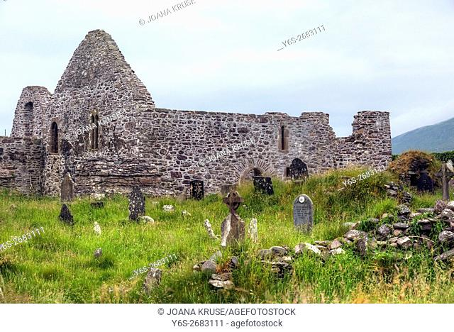 Ballingskelligs Abbey, Baile an Sceilg, Iveragh peninsula, County Kerry, Ireland, Europe