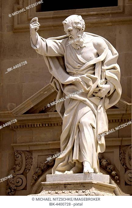 Statue of Paul the Apostle on Santa Maria delle Colonne, Province of Syracuse, Sicily, Italy