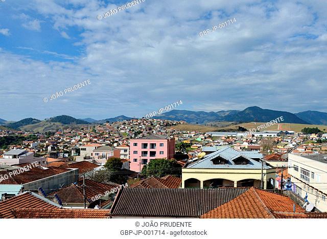 Vista panormica da cidade, faz parte do roteiro religioso Caminho da Fé que liga as cidades de Águas da Prata a Aparecida, Paraisópolis, Minas Gerais, Brazil