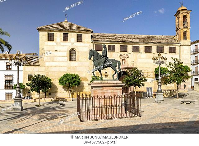 Plaza Coso Viejo with equestrian statue of the Infante Don Fernando, Antequera, province of Malaga, Andalusia, Spain