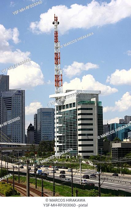 Nações Unidas Avenue, Pinheiros River, São Paulo, Brazil