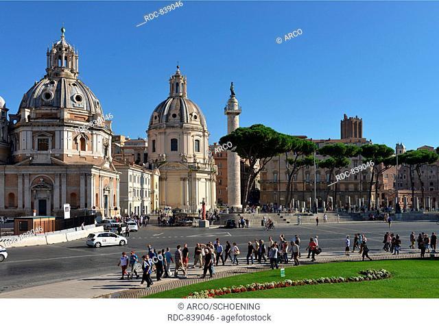 Kirche Santa Maria di Loreto, Kirche Santissimo Nome di Maria al Foro Traiano, Trajanssaeule, Trajansforum, Rom, Italien