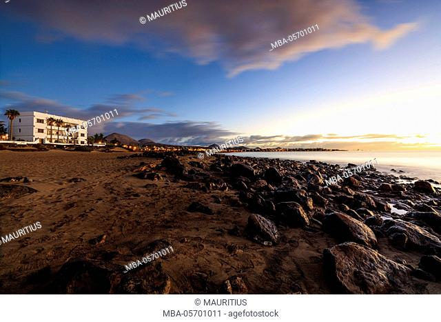 Spain, Canary Islands, Lanzarote, Puerto del Carmen, beach, sky, sand, early morning, sunrise