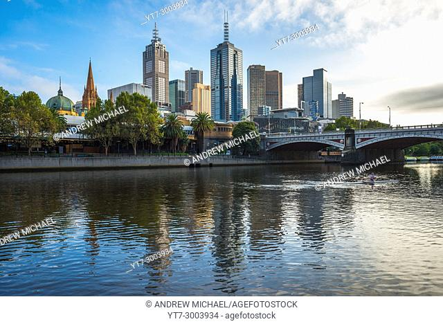 Princes bridge over Yarra river, Melbourne city centre, Victoria, Australia